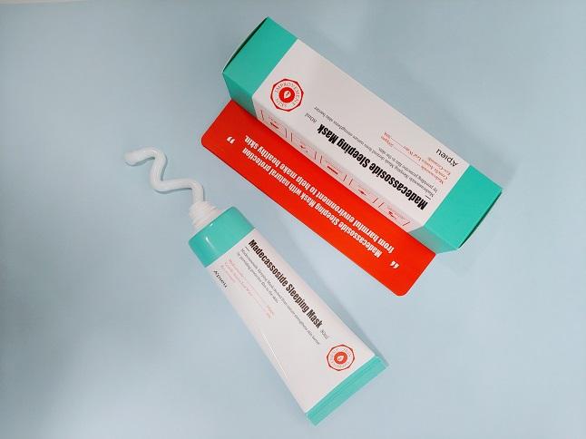 잘 때도 관리하는 MD추천템!|매끈한 피부결의 비결_마데카소사이드 슬리핑 마스크(고보습)